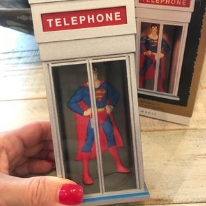 "Hallmark ""Superman"" Magic ornament 1995"